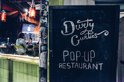 Durty-Gurties-Signage